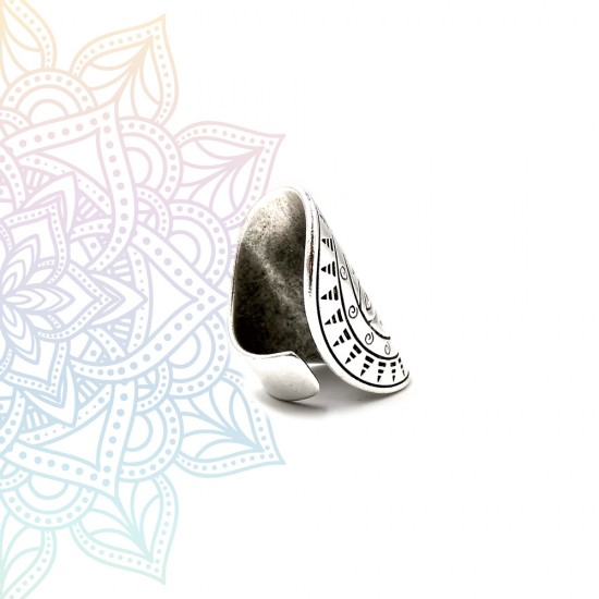 RING WITH MANDALA DESIGN SILVER PLATED