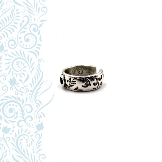 RING WITH FLORAL PATTERN AND BLACK ENAMEL